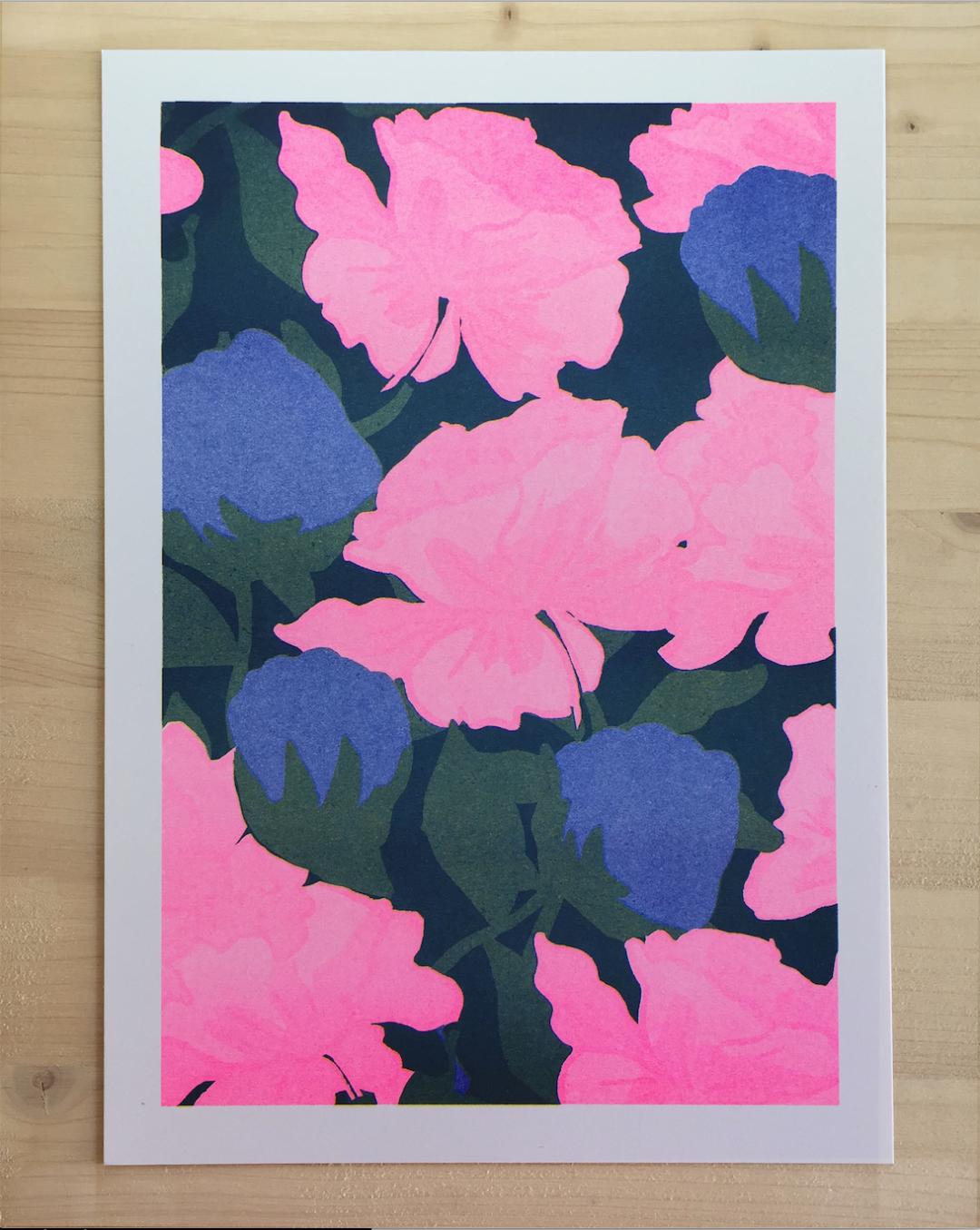 Affiche risograhie fleurs roses et bleues